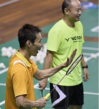 Od prawej: trener Hendrawan, Lee Chong Wei